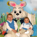 654-easter-bunny-2007-1-.jpg