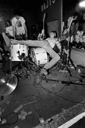 Kurt cobain destroys drums.jpg